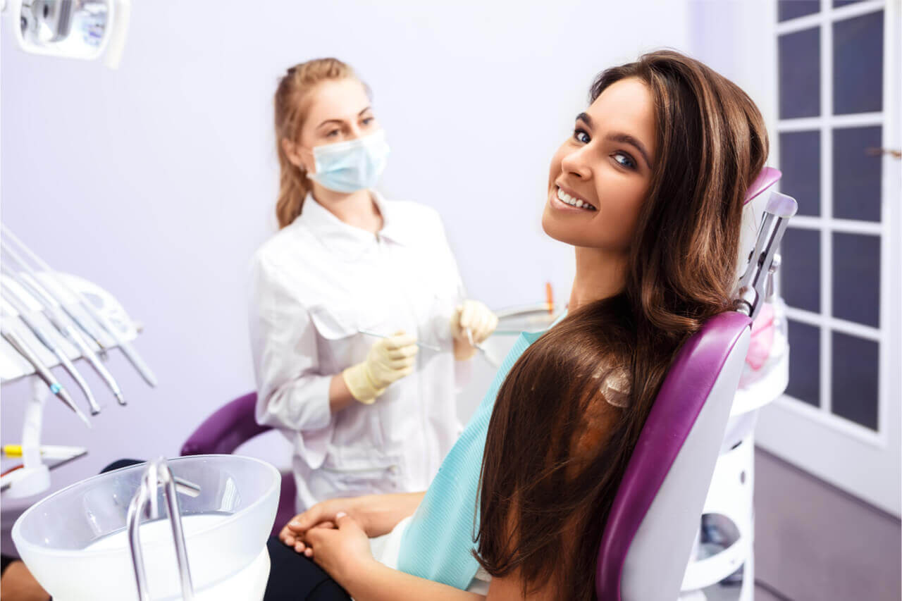 a periodontist mainly treats patients with