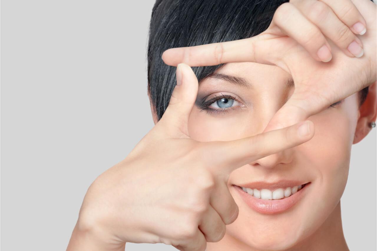 woman eye focus